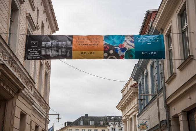 Strassenbanner zur Kunsthandwerksausstellung 2013 in Schwerin