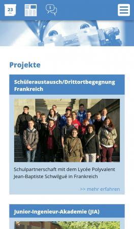 Die Seite der Feintechnikschule auf dem Smartphone (responsive Webdesign)